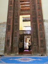 Photo: desde el callejón, se accede al monasterio de san jorge