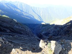 前岳の西はガレ