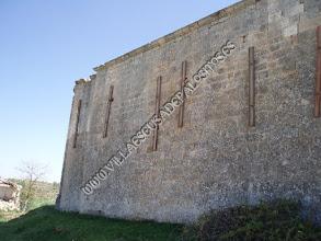 Photo: Muro norte y comienzo del ábside.