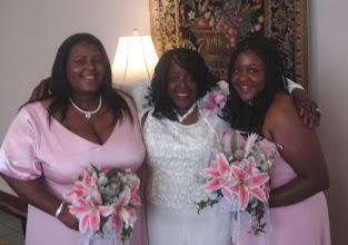 Photo: Taneya, Mommy, Kelli