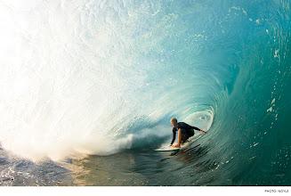 Photo: Photo of the Day: John John Florence, Pipeline. Photo: Noyle #Surfer #SurferPhotos #SurferMag