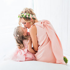 Wedding photographer Katerina Mishkel (RynaK). Photo of 01.09.2016