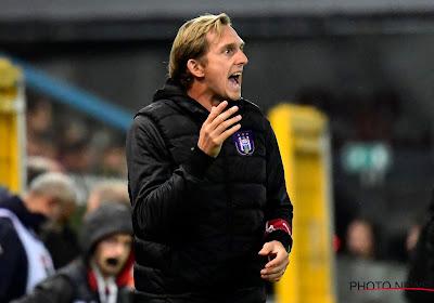 """Zondag op de bank bij Anderlecht, maar woelige tijden meegemaakt bij Antwerp: """"We kregen beschimmelde charcuterie"""""""
