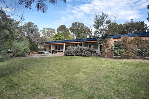 Photo of property at 86 Walkers Road, Mount Eliza 3930