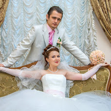 Wedding photographer Oleg Postolaka (LuckyPhotos). Photo of 06.12.2012