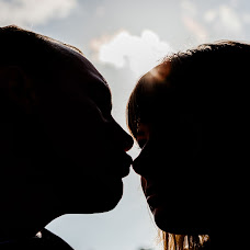 Wedding photographer Konstantin Arapov (Arapovkm). Photo of 13.10.2015