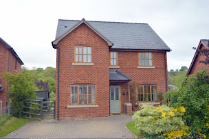 Detached Tregynon home