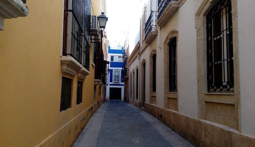 Un paseo por las callejuelas de la capital.