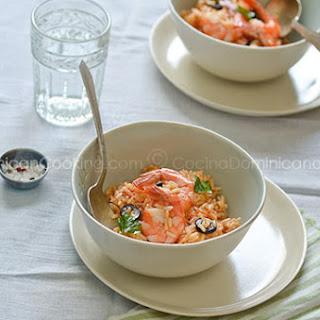 Locrio de Camarones Recipe (Dominican Rice and Shrimp)
