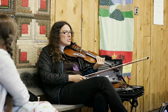 Photo: Gina Forsyth, Fiddle