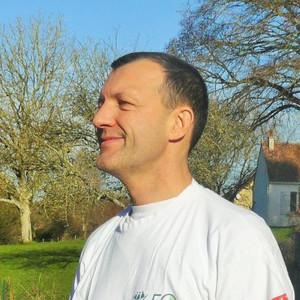 remy-chiron-participe-au-cross-ouest-france-et-soutient-larche-la-ruisselee