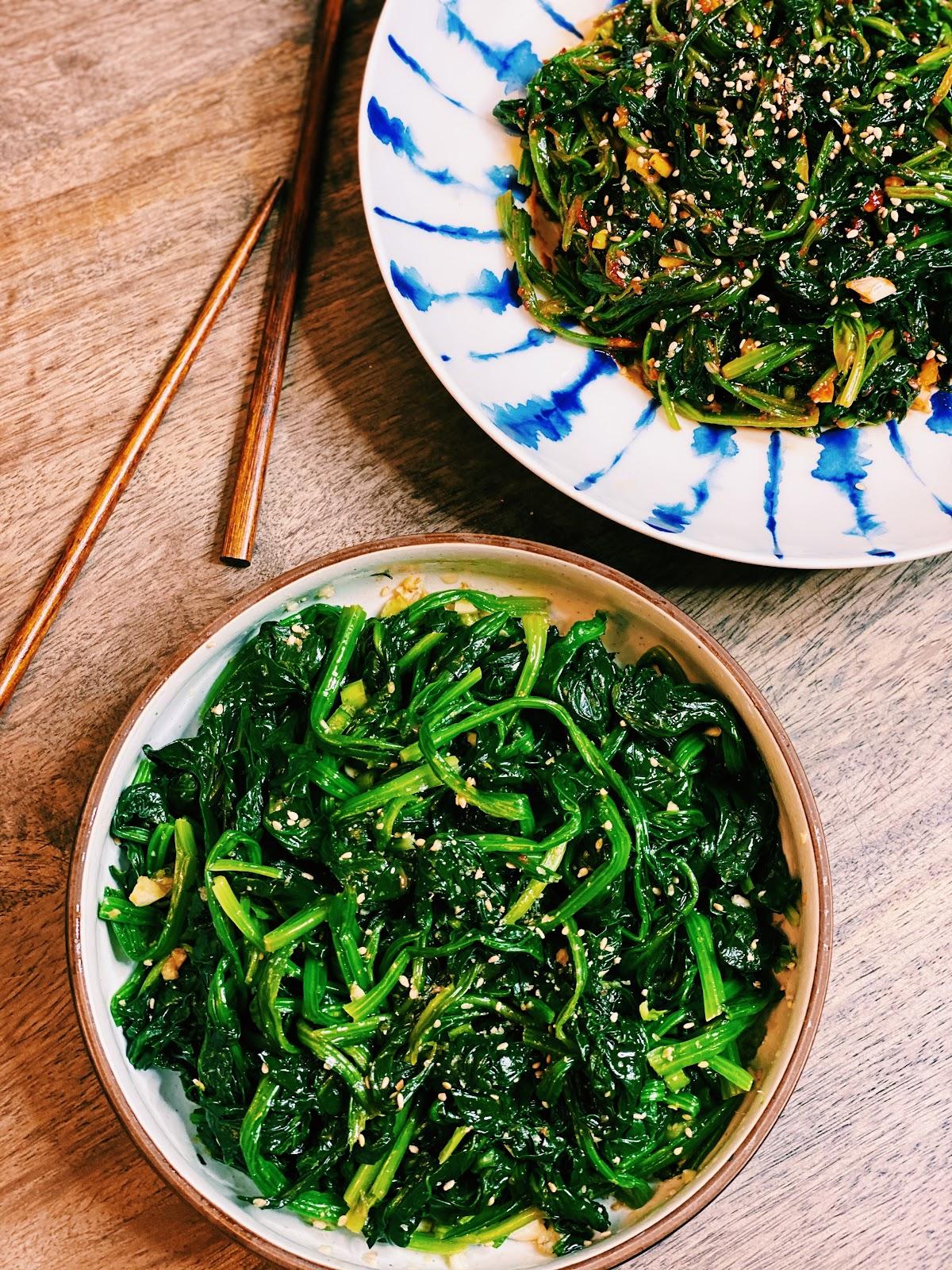 Korean Spinach Salad 2 Ways (Sigumchi Namul)