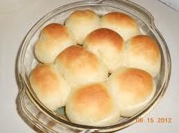 COBBLESTONE ROLLS Using 1/4 of the dough, shape bits into 1-inch balls, tucking edges under...