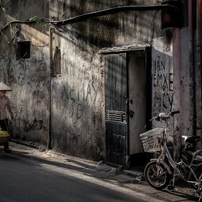 Good Morning Vietnam @ Hanoi,Vietnam  by CK NG - City,  Street & Park  Street Scenes ( hanoi, street, vietnam, travel )