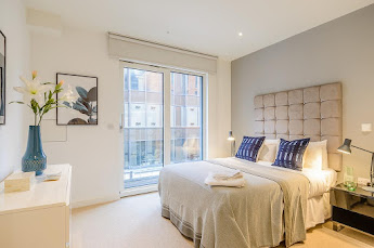 Howick Place Serviced Apartments, Victoria