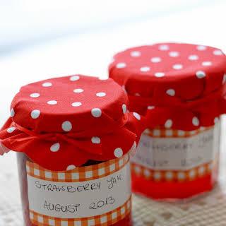 Truskawkowo-waniliowy dżem / Strawberry & vanilla jam.