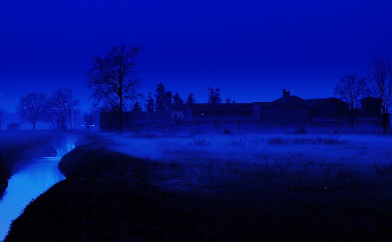 Nero e blu di Daimon