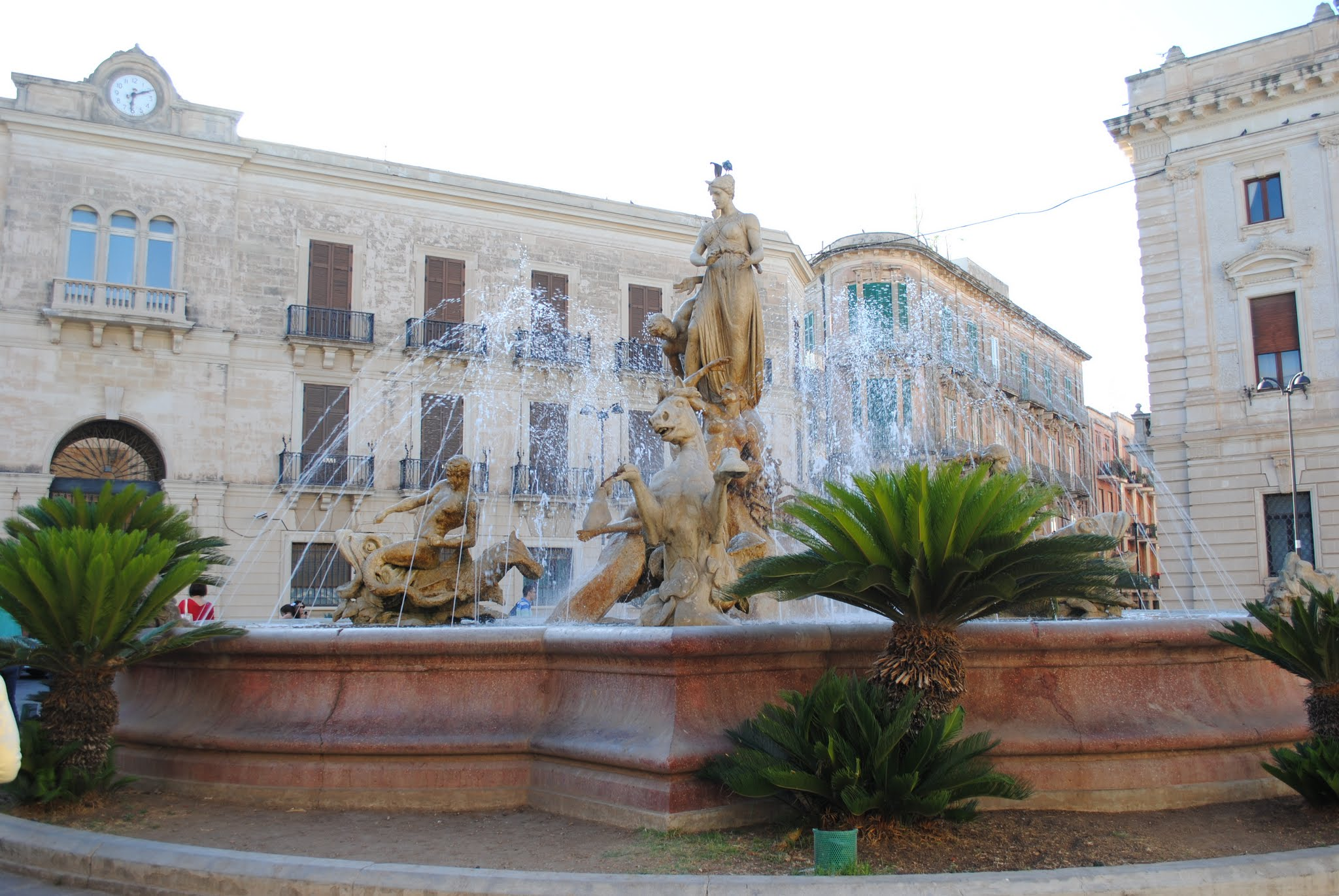 My Photos: Italy -- Sicily -- Siracusa -- Piazza Archimedes