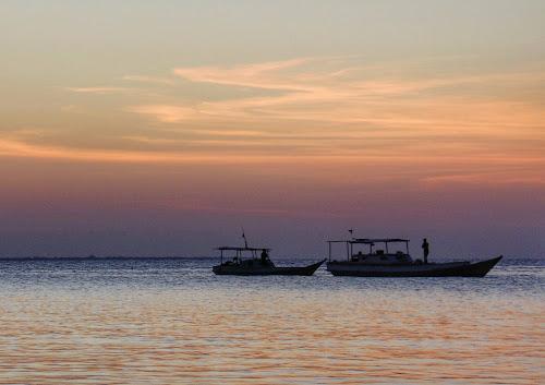 Senja di Pulau Tinabo, Takabonerate