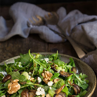 Mushroom And Arugula Salad {goat Cheese + Toasted Walnuts}