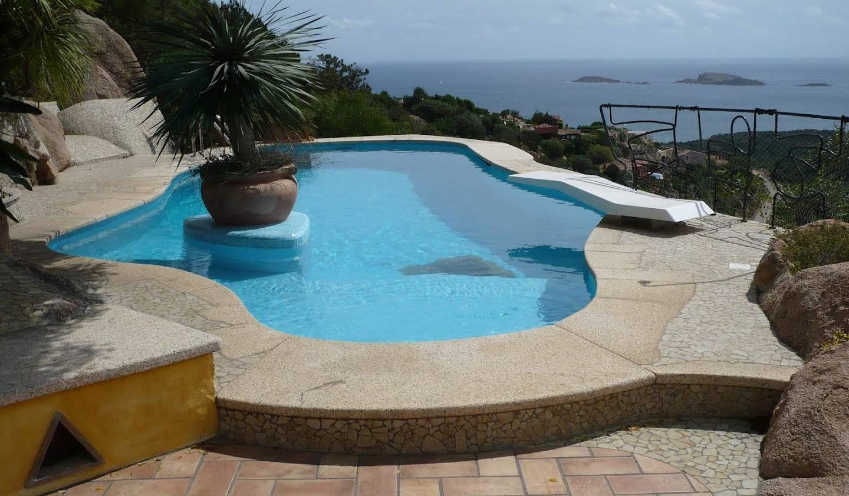 Villa avec jardin et terrasse Arzachena