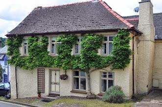 Photo: Crickhowell Tree House