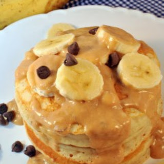 Chunky Monkey Pancakes with Sauce