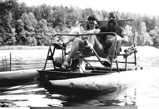 Photo: Święta Lipka 1986 Anielka i Tadeusz na rowerze wodnym