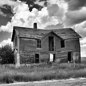Only memories live here by Darrin Ralph - Black & White Buildings & Architecture ( clouds, black and white, house, rustic, abandoned )
