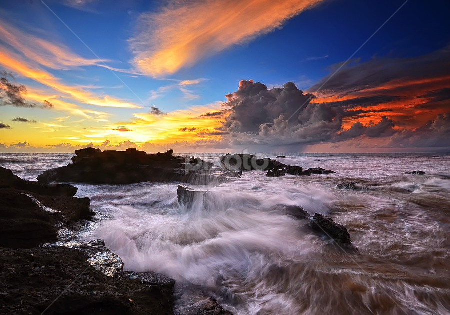 Be on the move by Hendri Suhandi - Landscapes Waterscapes ( bali, waterscape, sunset, beach, sunrise )
