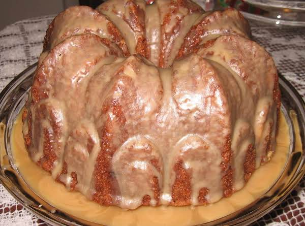 Just In Time For Fall.............you'll Fall For This Yummy Cake.