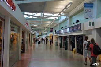 Photo: Parte interna del Aeropuerto de Curazao