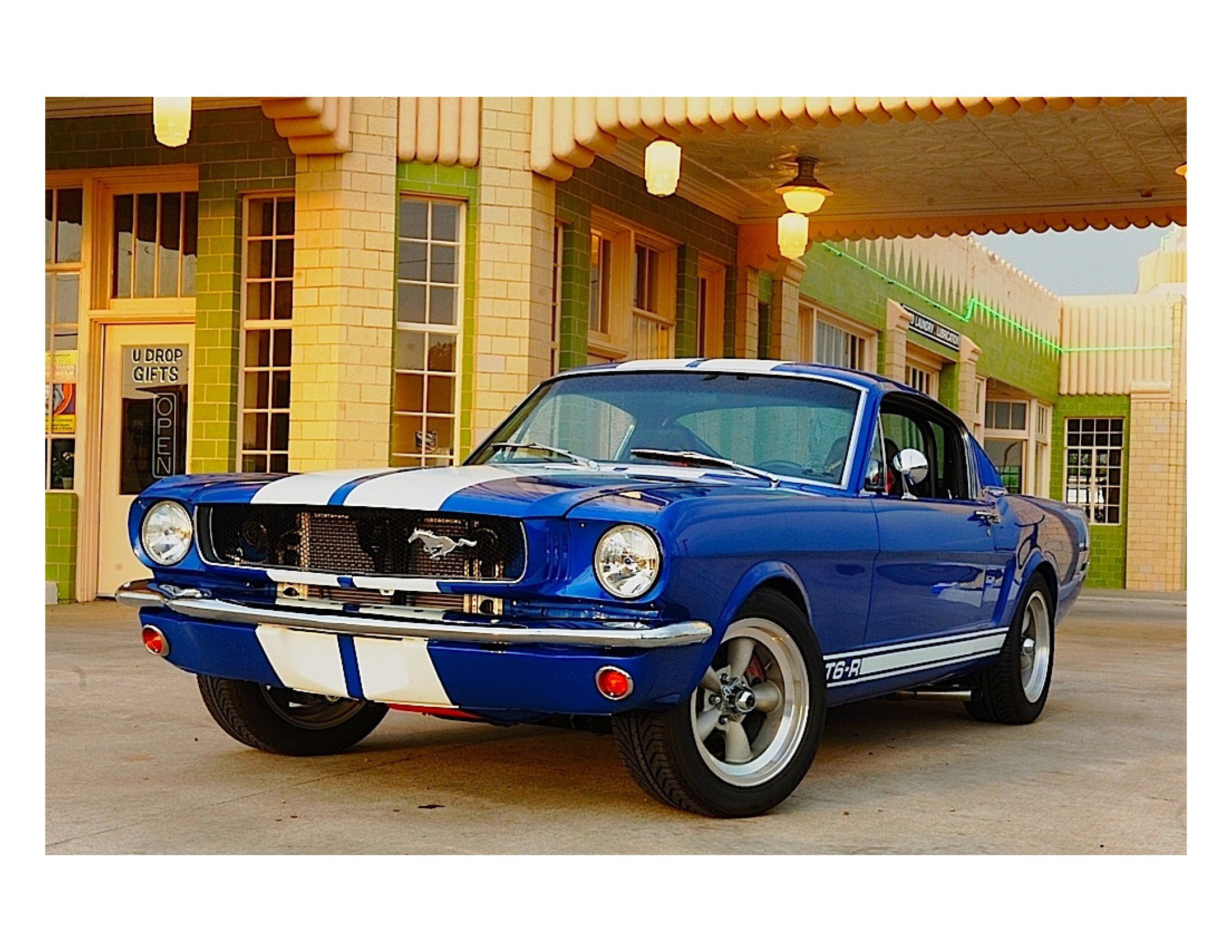 Ford Mustang  Fastback Hire Palm Beach Gardens