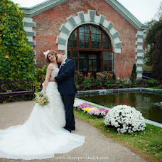 Wedding photographer Katya Sharapova (sharakatya). Photo of 24.12.2012