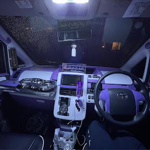 ヴォクシー ZRR75W のカスタム事例画像 はっしーさんの2021年10月07日21:50の投稿