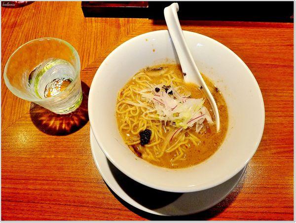 辣麻味噌拉麵 鬼金棒 - 週二限定「勝王」二毛作- 天領水松露奶油蘑菇濃湯醬油拉麵