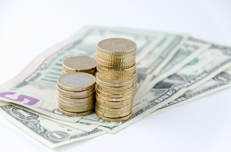 Darowizna od rodziców będzie zaliczana do do grupy 1., gdzie kwota wolna od podatku jest najwyższa.