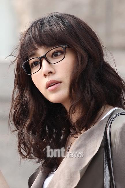 glassesgirls_6