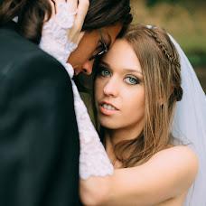 Wedding photographer Valeriya Mironova (LoreleiVeine). Photo of 19.10.2015