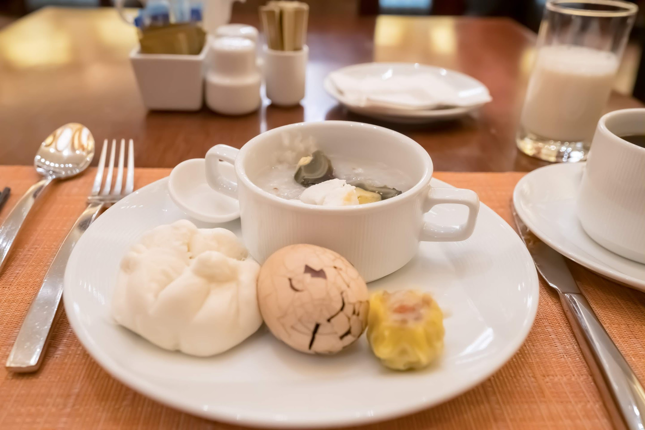 Sands Cotai Central Conrad breakfast2
