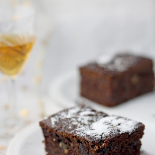Gingerbread Spice Persimmon Cake