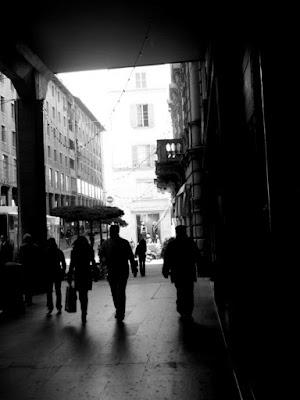 a bright shadowy city di xxju