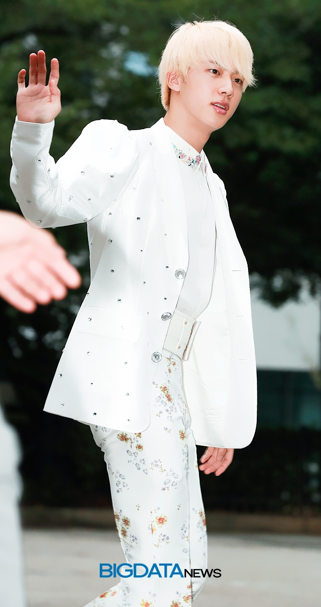bts jin white outfit 1