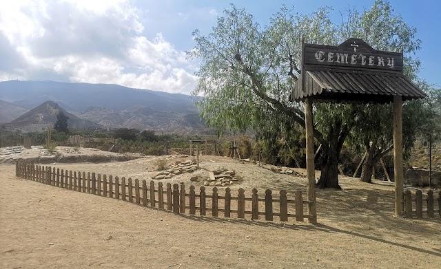 Se creará un cementerio permanente con las tumbas de todos los anteriores premiados en el poblado Oasys MiniHollywood.