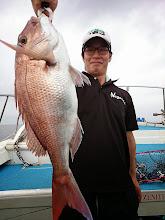 Photo: よっしゃー! ベッピン真鯛キャッチです! さすがーっ!