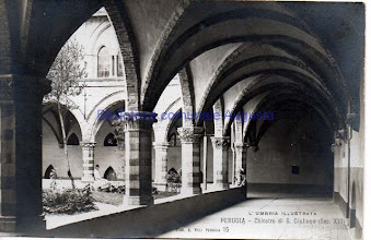 Photo: Perugia, Chiostro di S. Giuliana
