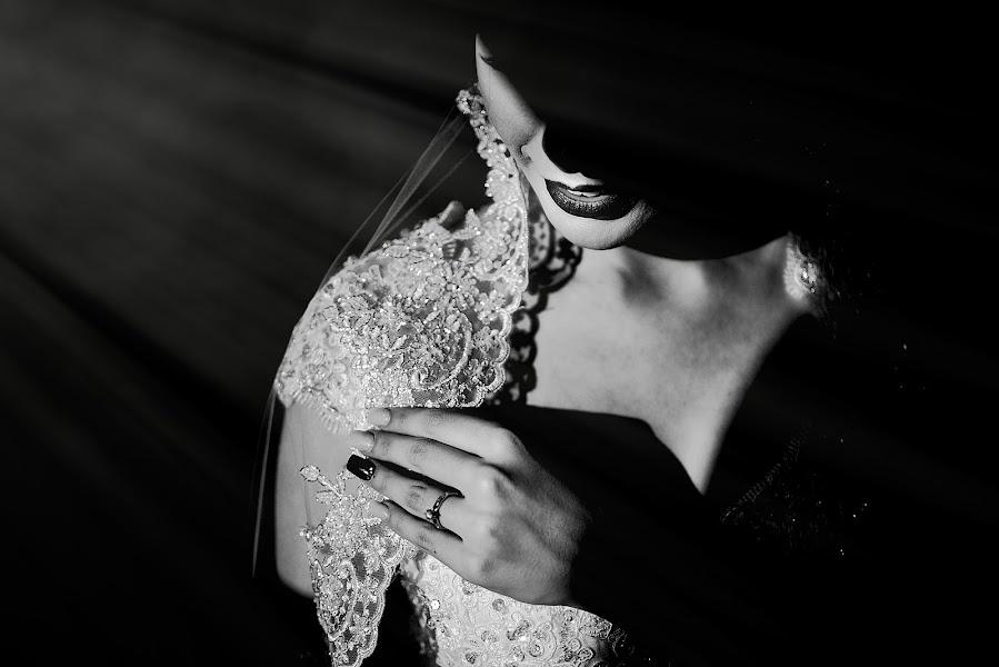 Bryllupsfotograf Cesar Castañeda (lovephoto). Bilde av 09.03.2019