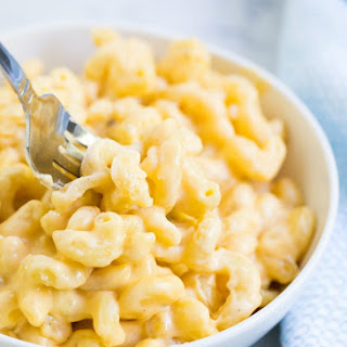 Creamy Slow Cooker Mac And Cheese.