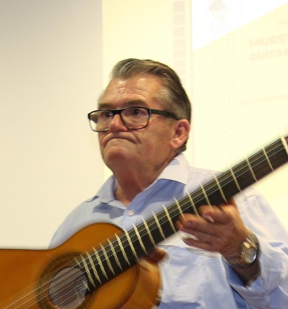 Francisco Cruz, guitarrero.