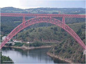 Photo: Viaducto de Garabit. Auvernia ( Francia)  http://www.viajesenfamilia.it/